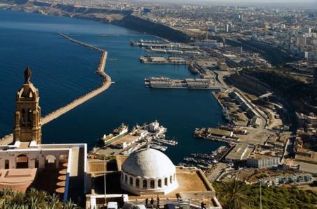 La 2ème Conférence internationale des sciences aéronautiques à Oran