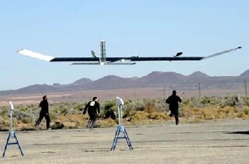 Zephyr, un avion espion à énergie solaire
