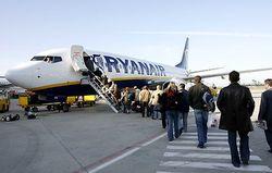 Voyager debout dans un avion, la nouvelle idée de Ryanair