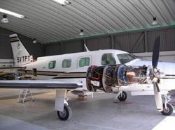 Moteur en cours de maintenance à MDS Aviation