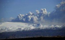 Le nuage de cendres atteint le ciel marocain, cinq aéroports fermés