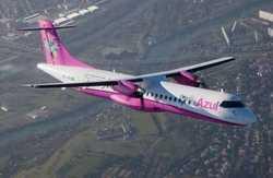Azul reçoit un ATR72 rose pour promouvoir la sensibilisation au cancer du sein