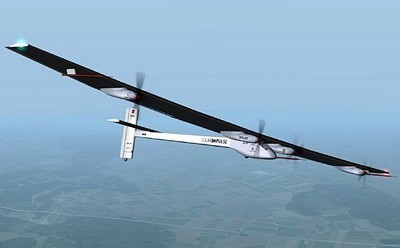 Premier vol de Solar Impulse depuis le salon Le bourget