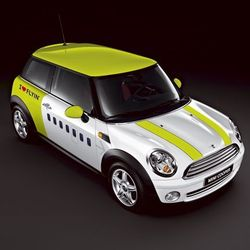 Mini Cooper aux couleurs de AIr Baltic