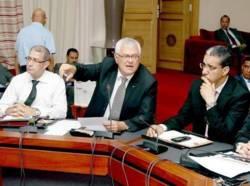 Royal Air Maroc: Benhima devant la Commission des finances et du développement économique