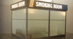 Des avocats Koweitiens appelent à l'interdiction de fumer dans l'aéroport International du Koweït