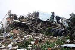 Congo-Brazzaville: Un avion crash et heurte plusieurs maisons faisant 32 morts