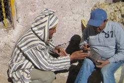 Maroc: Deux météorites de 75 et 50 mètres de diamètre forment deux très beaux lacs, Tislit et Isli