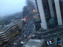 Crash rarissime et spectaculaire d'un hélicoptère en plein Londres