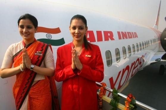 Un pilote et deux hôtesses suspendus pour distraction en plein vol