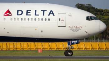 Etats-Unis : Un passager maîtrisé alors qu'il tentait de percer le cockpit d'un avion en vol