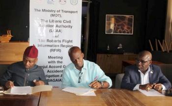 Signature d'une résolution pour établir un bureau d'enquête sur les accidents d'avions au Libéria
