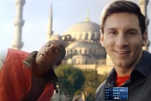 Pub Turkish Airlines: Bataille de Selfies entre Lionel Messi et Kobe Bryant