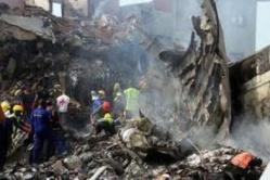 """Crash en Namibie: Le pilote a """"intentionnellement"""" précipité son appareil au sol faisant 33 morts"""