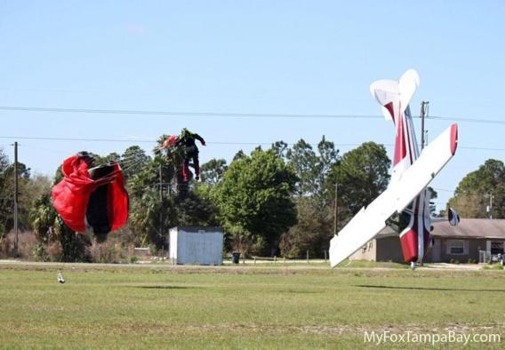 Une collision entre un parachutiste et un avion en Floride donne une incroyable série de photos