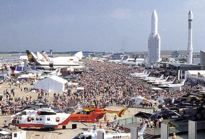 Le Salon du Bourget sur fond de duel entre les géants Airbus-Boeing