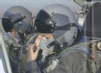 Femme Marocaine pilote d'avion à réaction