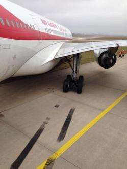 Sortie de piste d'un avion A330 d'Air Algérie à l'aéroport Paris-Orly