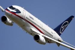 L'avion russe SuperJet-100 en course dans l'appel d'offres de Royal Air Maroc