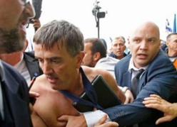 Le plan de restructuration d'Air France déclenche des actes de violence sans précédent (Vidéo)