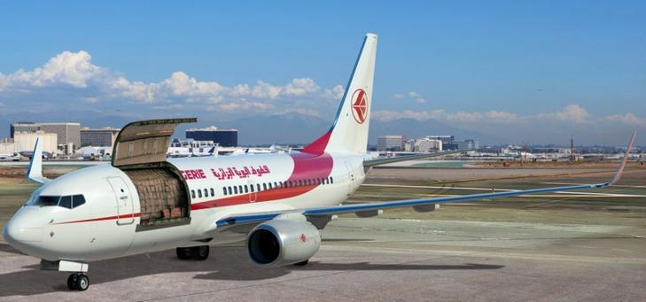 Air Algérie reçoit le premier des deux aéronefs convertibles Boeing 737-700C