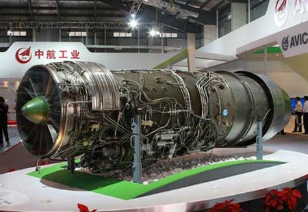 La Chine lance son entreprise publique de réacteurs d'avions avec 96.000 salariés!