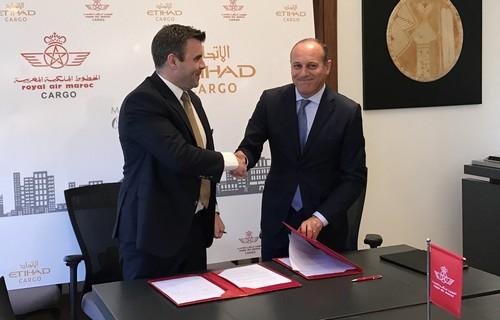 Amine El Farissi, directeur RAM Cargo et David Kerr, Senior Vice-Président Cargo de Etihad Airways