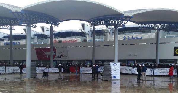 La grève des électroniciens de la sécurité aérienne affiliés à l'UMT se poursuit