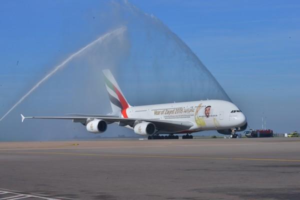 L'A380 d'Emirates 'Year of Zayed' atterrit au Maroc pour célébrer la journée nationale des Emirats Arabes Unis