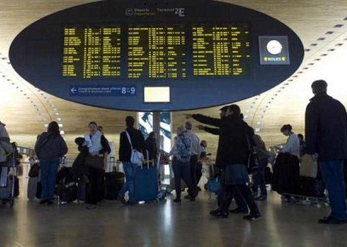 25 ressortissants Algériens bloqués depuis 3 semaines à l'aéroport Roissy-Charles-de-Gaulle