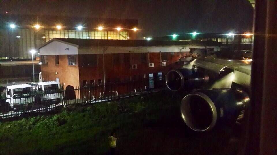 Un avion B747 de British Airways percute un bâtiment à l'aéroport de Johannesburg