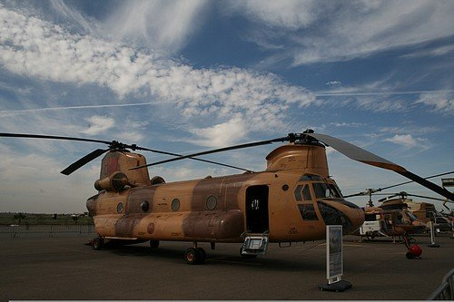 le Maroc dispose d'une flotte d'une douzaine d'hélicoptères CH-47