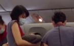 Une Taiwanaise accouche à 30000 pieds d'altitude (Vidéo)