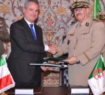 L'armée Algérienne signe un accord pour la fabrication d'hélicopères AgustaWesland