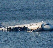Un Airbus A320 s'abîme dans la rivière Hudson près de New York