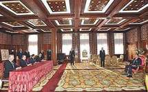 Signature d'une convention relative à la contribution du Fonds HassanII pour le développement de Royal Air Maroc