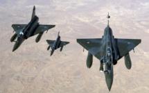 L'Algérie interdit son ciel aux avions militaires français