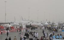 Une tempête de sable interrompt les shows aériens du salon aéronautique de Dubaï